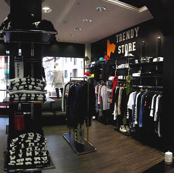2ed4ecd1f674f Arredamento per negozi di abbigliamento uomo - ARREDOSHOP