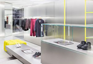 arredamento minimal per negozi